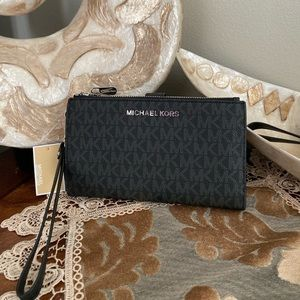 Michael Kors double zipper wallet